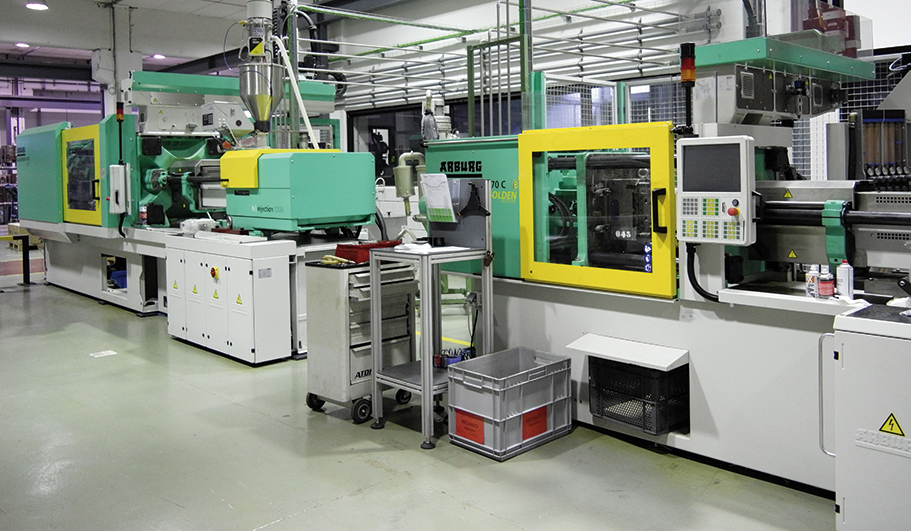 Maquinas injetoras Famatel